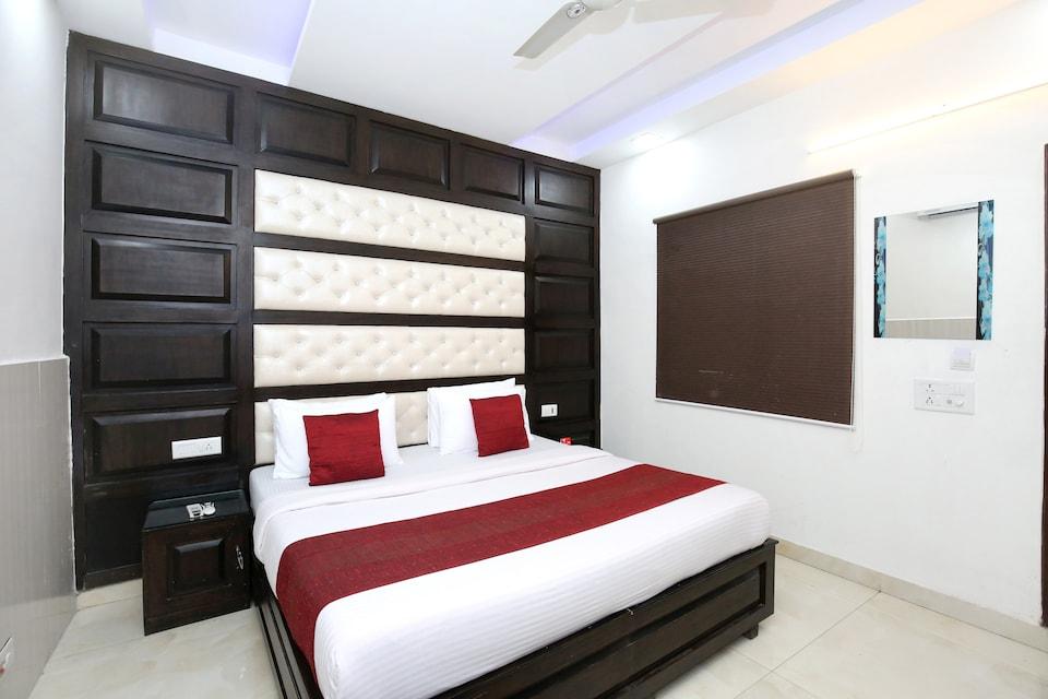 OYO 10540 Hotel JD Residency