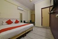 OYO 10599 Hotel R Inn Residency