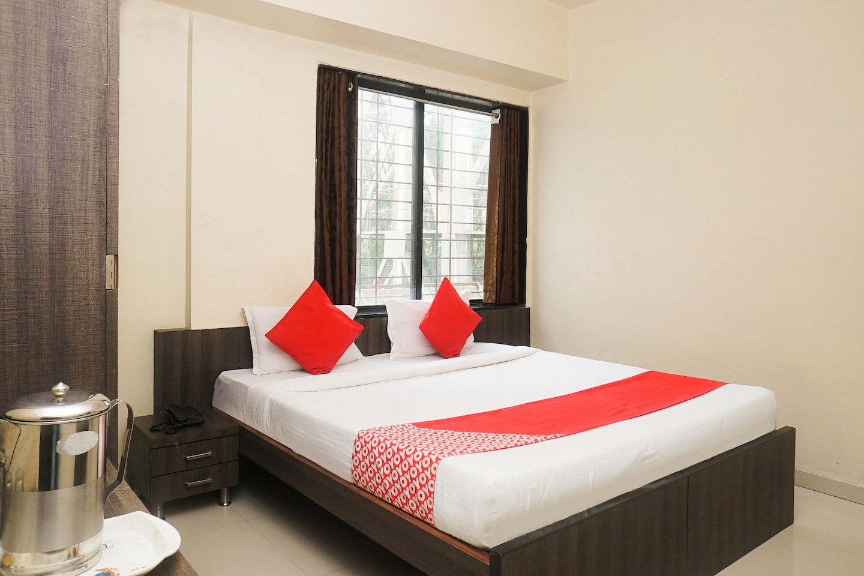 OYO 10680 Hotel Royal Inn -1