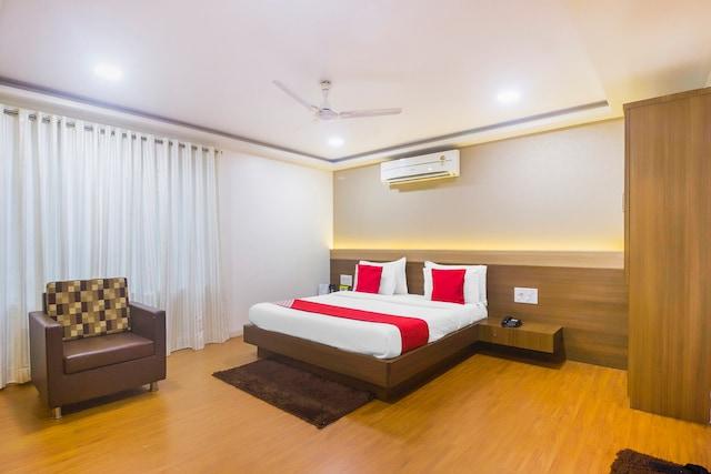 OYO 10672 Hotel Riviera Suite