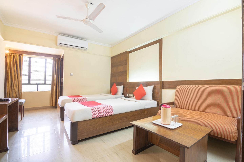 OYO 10534 Hotel Kanishka -1