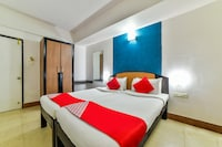 Capital O 10765 Hotel Tanish