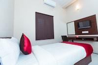 OYO 10789 Hotel Ranga Inn