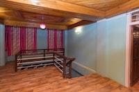 OYO 10831 Balaji Guest House