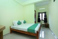 OYO 10840 Hotel Periyar Towers