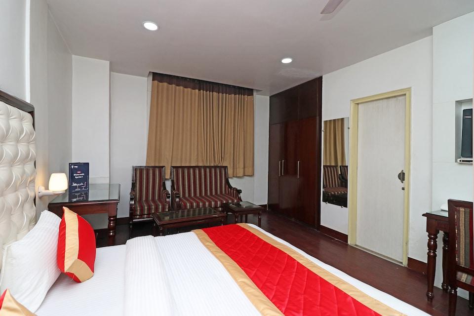 OYO 10887 Hotel West View, Ghaziabad City, Ghaziabad