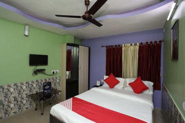 OYO 10919 Amar Raj Rooms