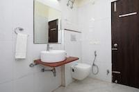 OYO 10928 Uday Residency Deluxe