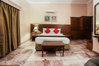 Capital O 10953 Dayal Lodge - A Boutique Hotel Deluxe