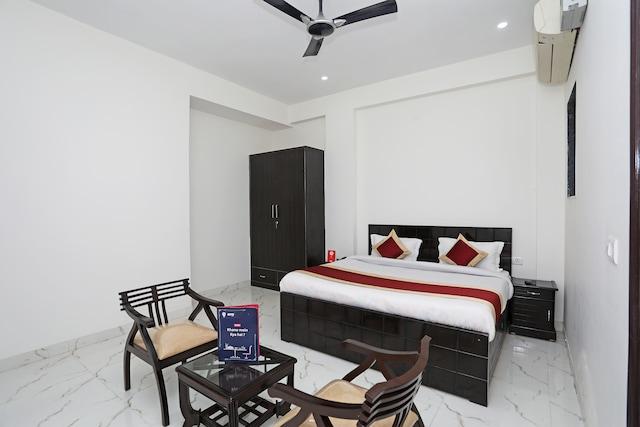 OYO 11004 Heritage India Residency