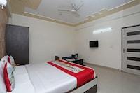 OYO 11005 Hotel Shanti Palace