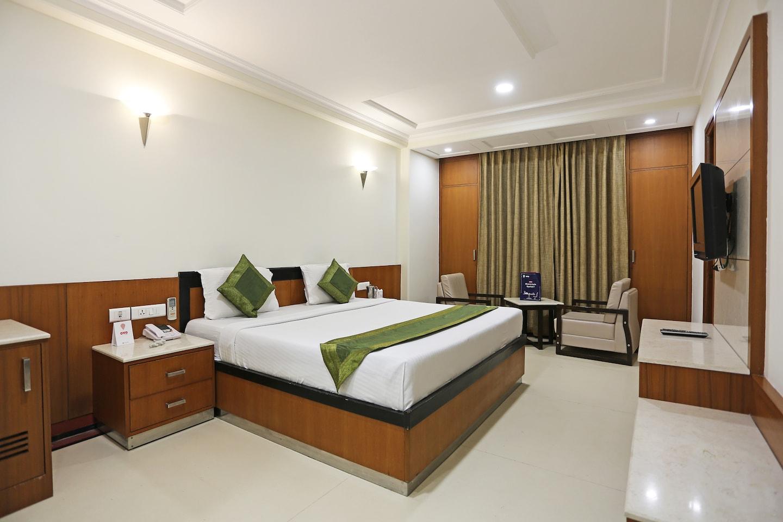 OYO 11042 Hotel Bhoomi Residency -1