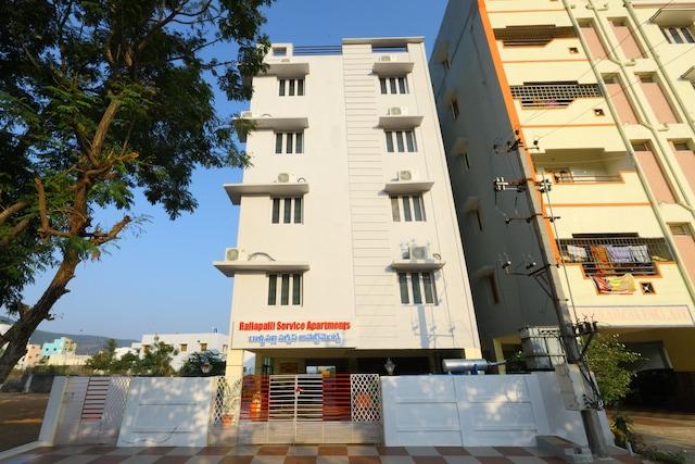 OYO 11094 Rallapalli Service Apartments