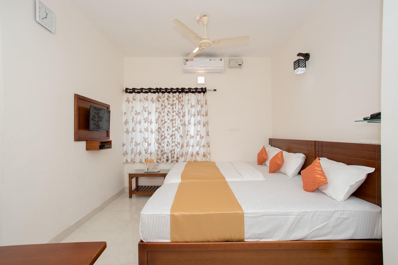 OYO 11097 Hotel Grand Arabian -1