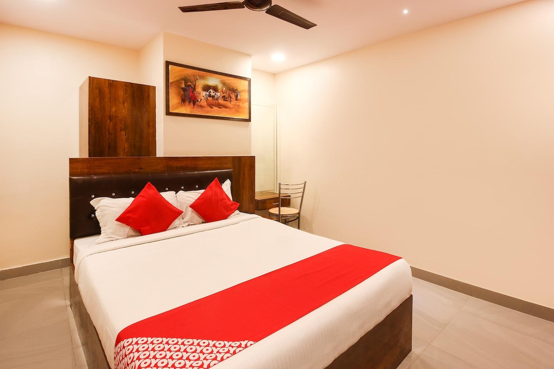 OYO 11099 Hotel J Bhadra's Grand -1
