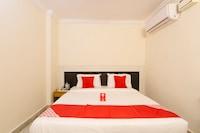 OYO 11321 Hotel Goutham Residency