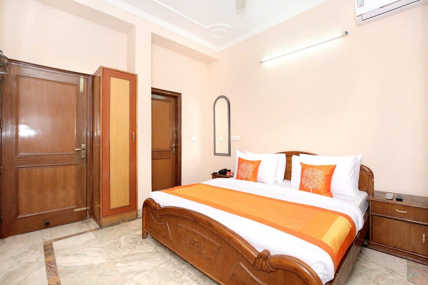 OYO 11377 Hotel Kings residency -1