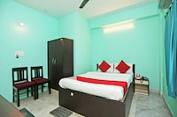 OYO 11379 Jams Guest House
