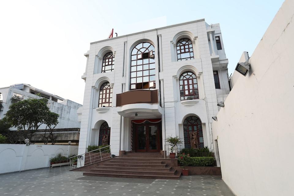 OYO Flagship 11406 Bandhan HAL