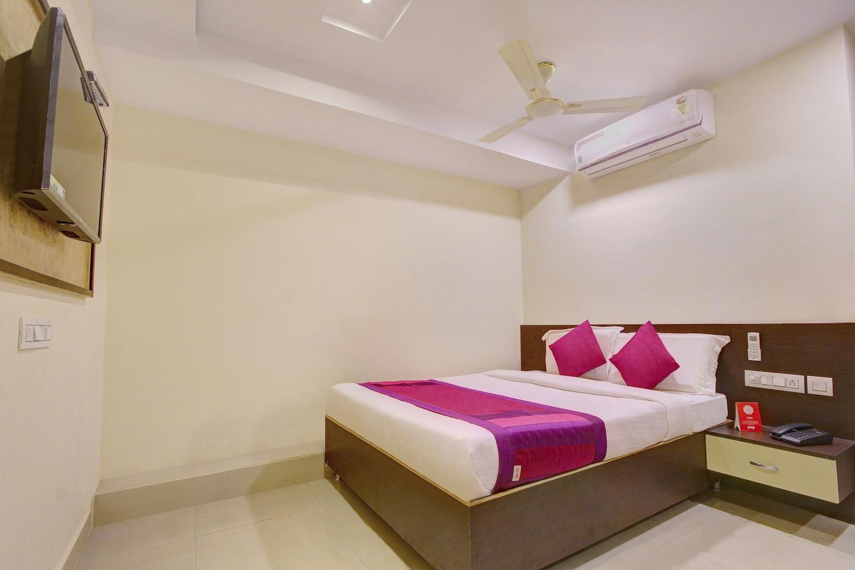 OYO 11412 SVS Luxury Rooms -1