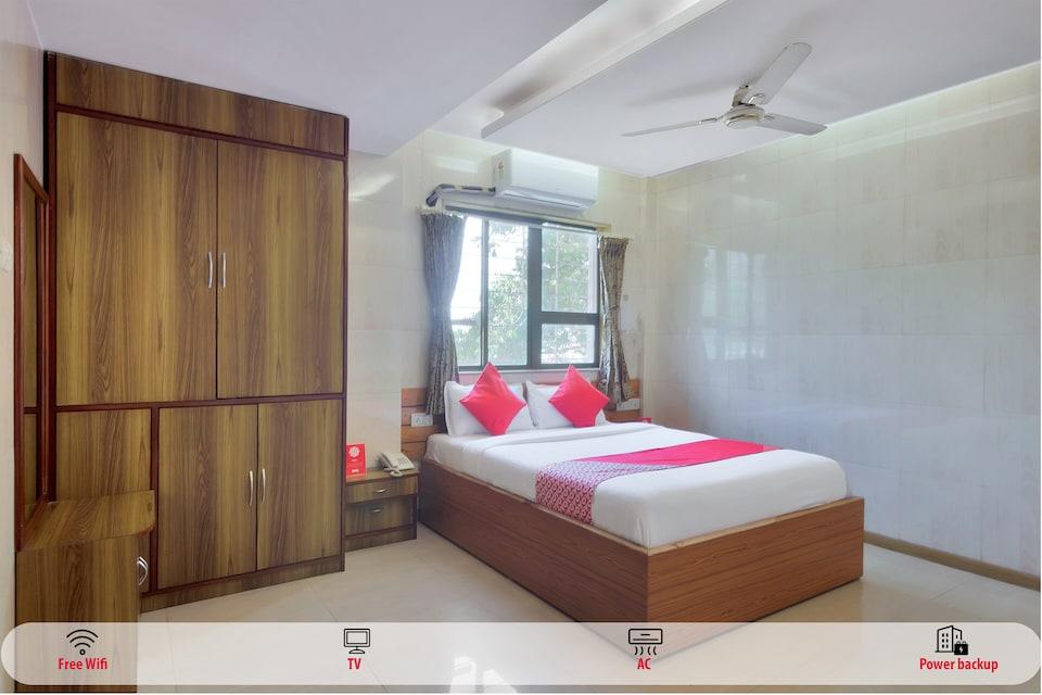 OYO 11423 Hotel Royal Darbar