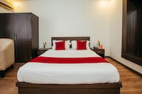 OYO 11474 Gangaur Regency Boutique Hotel