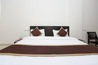 OYO 11484 Hotel Shivam