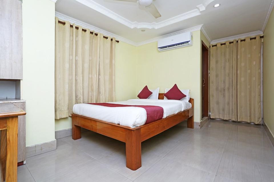 OYO 11488 Hotel Subham Palace, Beltola Guwahati, Guwahati