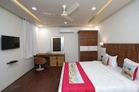 OYO 11517 Hotel Sky High