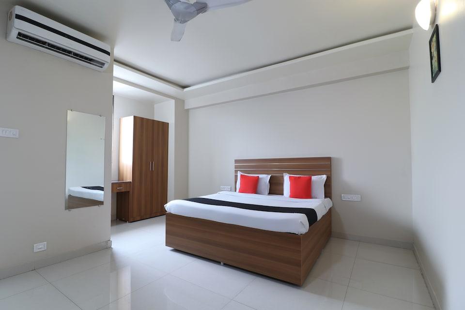 Capital O 11527 Gaurav Residency