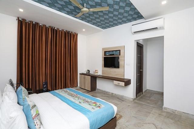 OYO 11538 Shree Kanha Shyam Hotel & Banquet