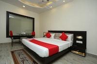 OYO 11546 Hotel CSFC