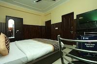 OYO 11556 Om Guest House Residency