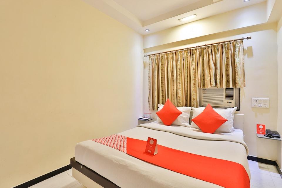 OYO 11578 Nova Hotel Nildeep, Dhebar Road, Rajkot