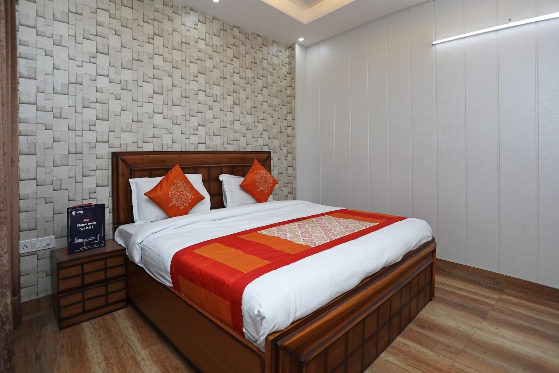 OYO 11583 Hotel Prime View -1