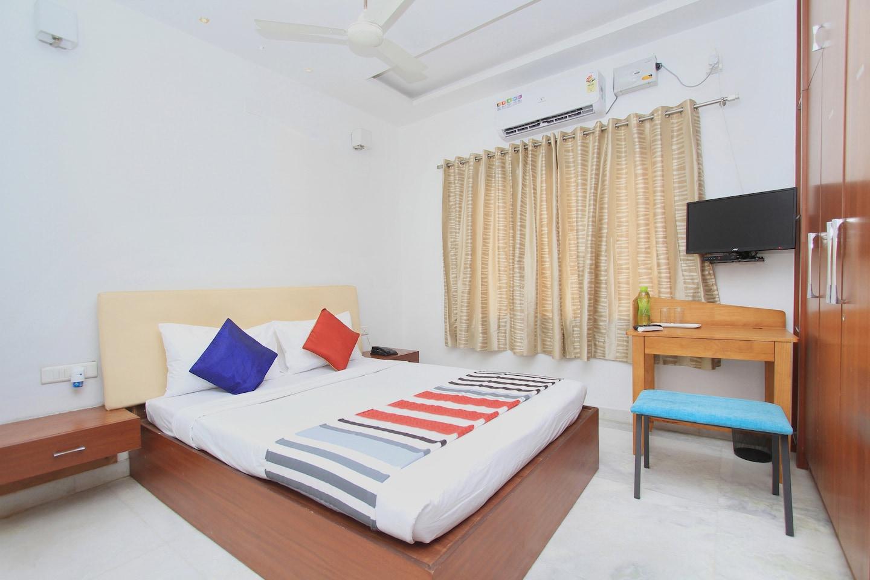 OYO 11590 Red Carpet Residence -1