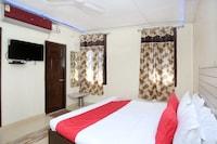 OYO 11595 Hotel Roxy