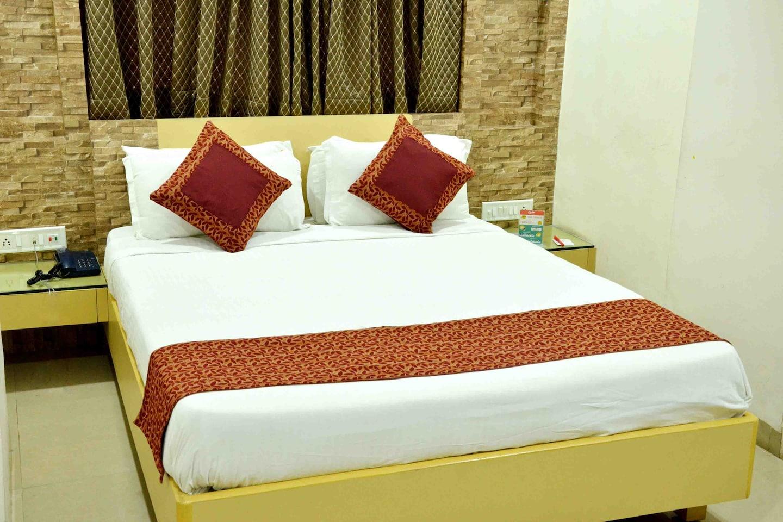 OYO 1498 Hotel Kalinga -1