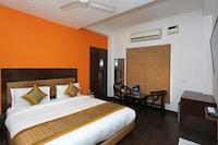 OYO 11656 Shivam Residencies