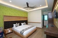 OYO 11666 Hotel Prakash Inn