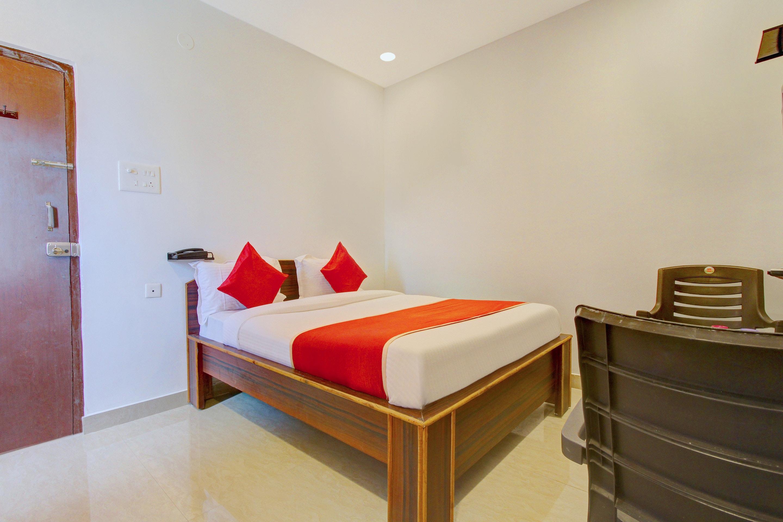 OYO 13550 Hotel Pushpa Grand Hyderabad India