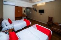 OYO 11675 Hotel Prahlad Inn