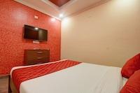 OYO 11727 Sivaraja Residency