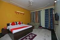 OYO 11752 Hotel Sun Palace Residency