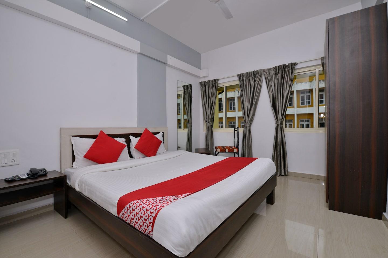 OYO 11845 Hotel Victoria -1