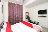 OYO 11878 Hotel De DS Plaza