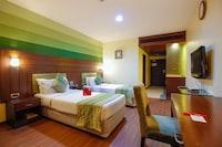 OYO Premium 130 King Kothi Road Abids