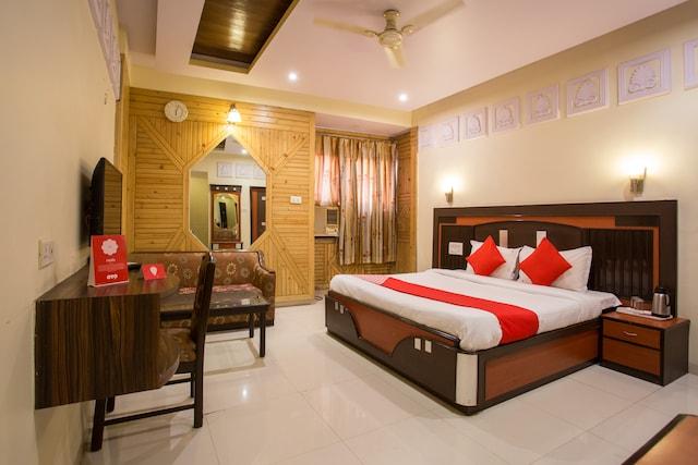 OYO 11914 Pratap Heritage