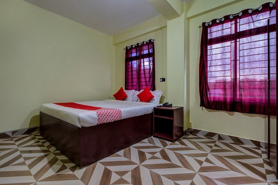 OYO 11935 White Cloud Guest House