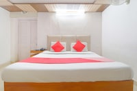 OYO 12023 Hotel Jasmine